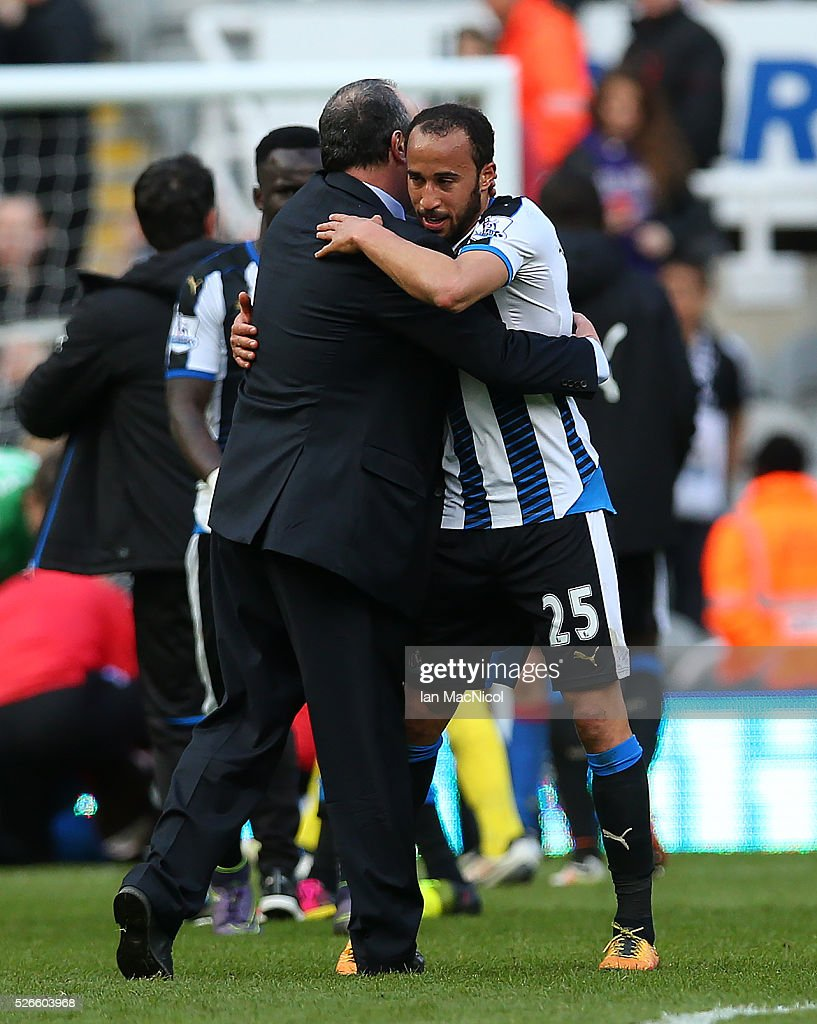 Rafa Benitez Newcastle United's manager reacts with <a gi-track='captionPersonalityLinkClicked' href=/galleries/search?phrase=Andros+Townsend&family=editorial&specificpeople=4266573 ng-click='$event.stopPropagation()'>Andros Townsend</a> of Newcastle United during the Barclays Premier League match between Newcastle United and Crystal Palace at St James Park on April 30, 2016 in Newcastle, England.