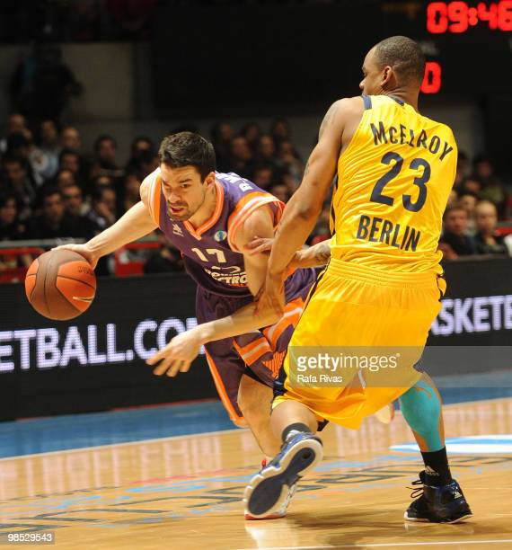 Rafa Martinez #17 of Power Electronics Valencia competes with Immanuel McElroy #23 of Alba Berlin during the Alba Berlin vs Power Electronics...