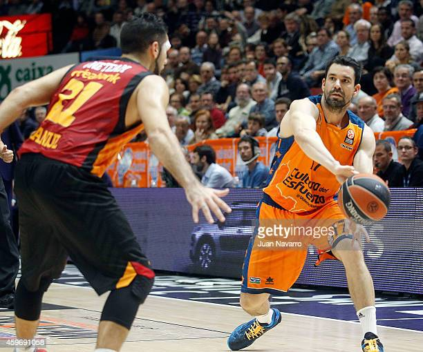 Rafa Martinez #17 of Valencia Basket competes with Pietro Aradori #21 of Galatasaray Liv Hospital Istanbul in action during the 20142015 Turkish...