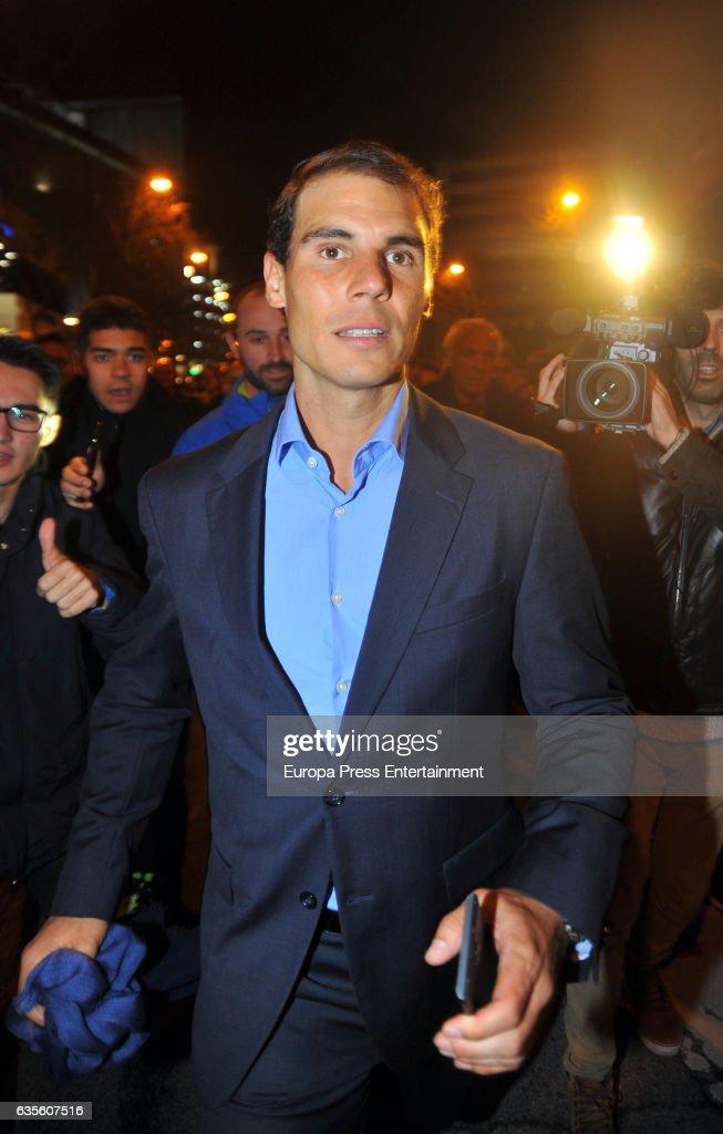 Celebrities Attend Real Madrid-Napoli Champion League Match : Photo d'actualité
