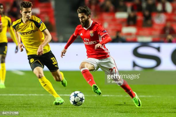 Rafa Silvav of Benfica controls the ball during the UEFA Champions League Round of 16 First Leg match between SL Benfica and Borussia Dortmund at...