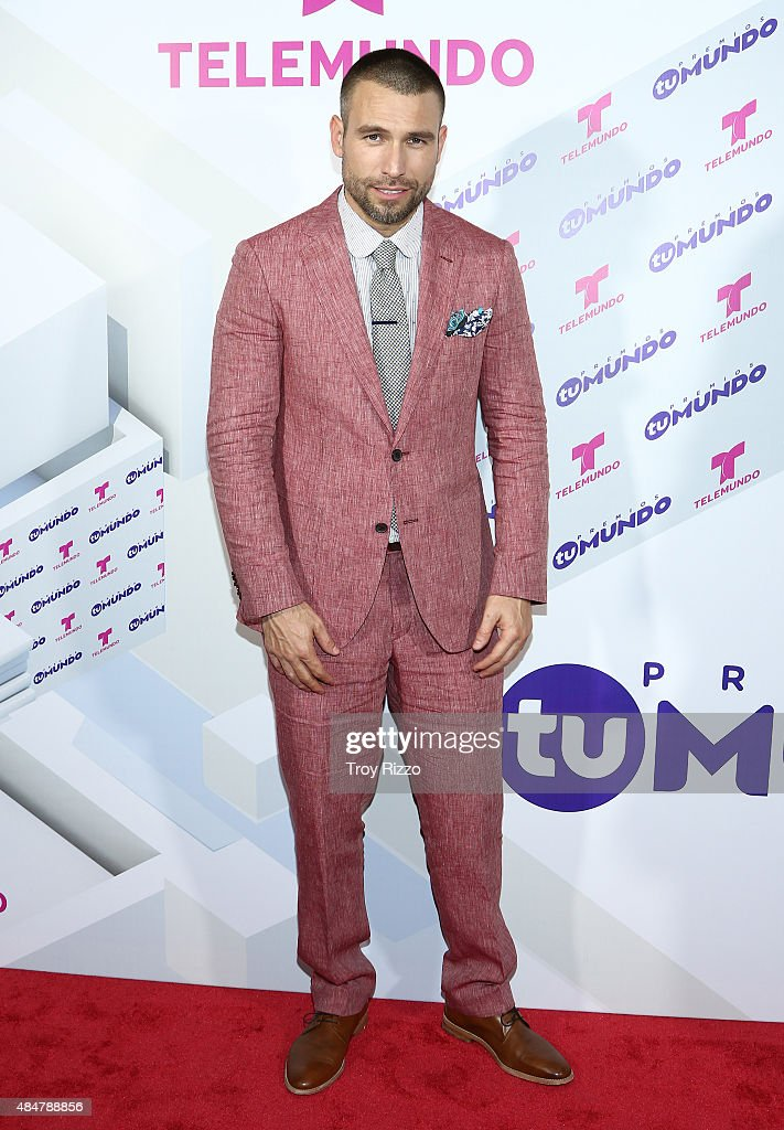 Rafael Amaya attends Telemundo's 'Premios Tu Mundo Awards' 2015 at American Airlines Arena on August 20, 2015 in Miami, Florida.