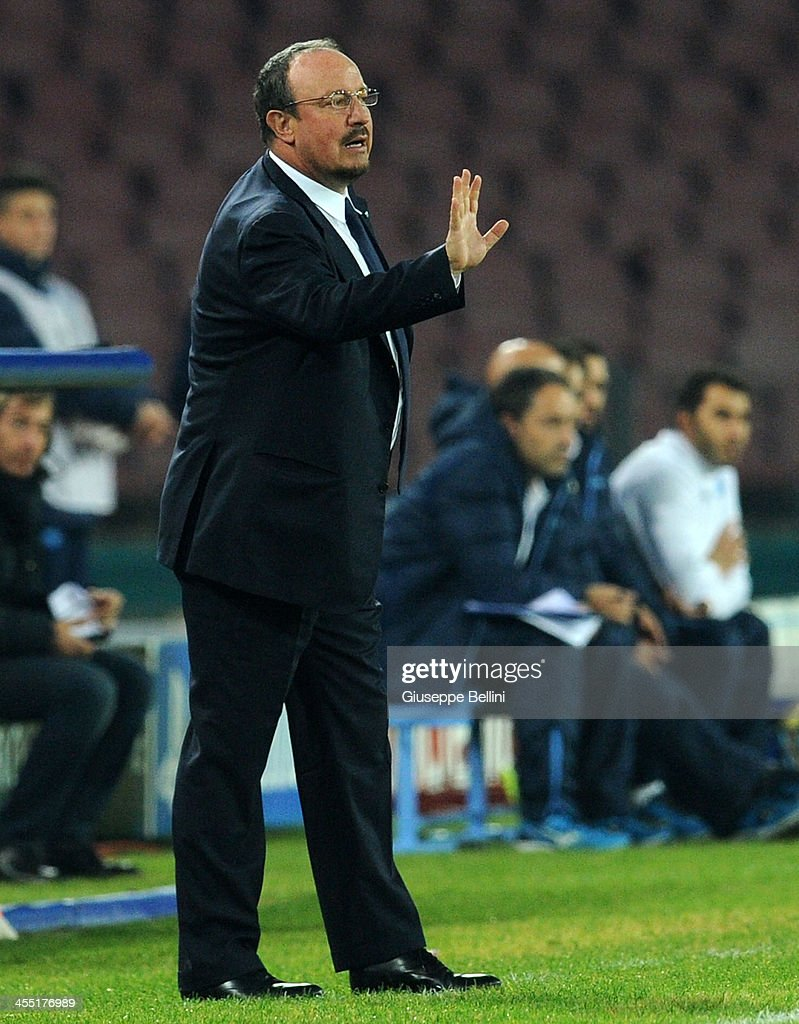 Rafael Benitez head coach of Napoli during the UEFA Champions League Group F match between SSC Napoli and Arsenal at Stadio San Paolo on December 11, 2013 in Naples, Italy.