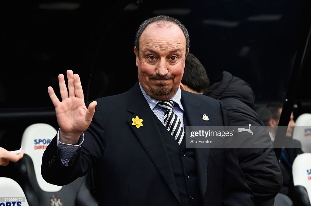 Rafael Benitez, manager of Newcastle United acknowledges the fans during the Barclays Premier League match between Newcastle United and Sunderland at St James' Park on March 20, 2016 in Newcastle upon Tyne, United Kingdom.