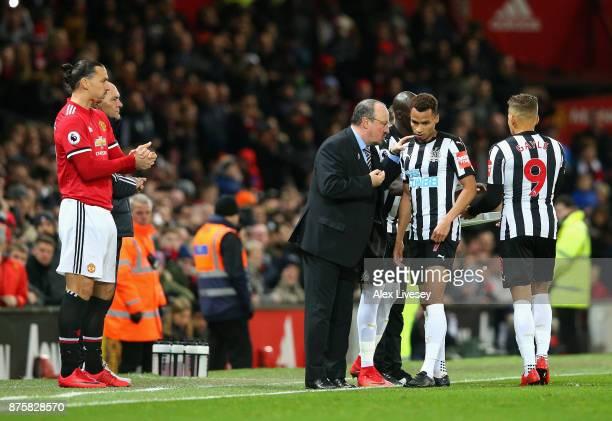 Rafael Benitez Manager of Newcastle United gives instructions to Jacob Murphy of Newcastle United while Zlatan Ibrahimovic of Manchester United...