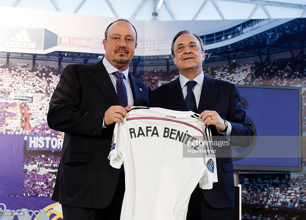 Rafael Benitez (L) pose with president <a gi-track='captionPersonalityLinkClicked' href=/galleries/search?phrase=Florentino+Perez&family=editorial&specificpeople=567584 ng-click='$event.stopPropagation()'>Florentino Perez</a> during his official unveiling as the new Real Madrid manager at Estadio Santiago Bernabeu on June 3, 2015 in Madrid, Spain.