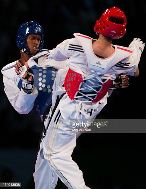 Rafael Castillo of Cuba competes with Mao Zhao Yong of China during the men's 87 kg final combat of WTF World Taekwondo Championships 2013 at the...