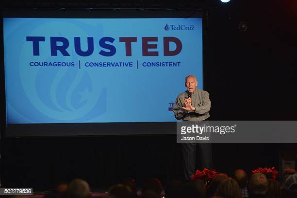 Rafael Cruz father of Republican presidential candidate Ted Cruz speaks during his Country Christmas Tour at Rocketown on December 22 2015 in...