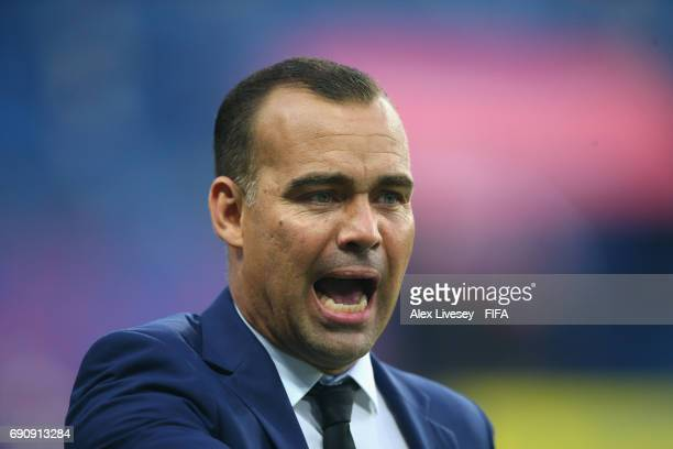 Rafael Dudamel the coach of Venezuela reacts during the FIFA U20 World Cup Korea Republic 2017 Round of 16 match between Venezuela and Japan at...