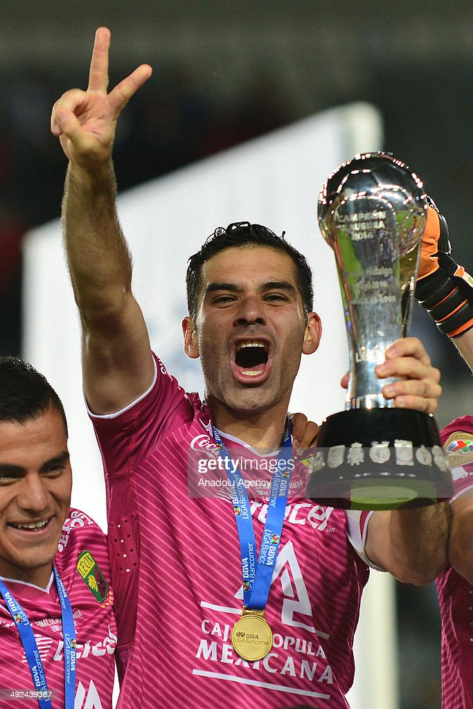 Rafael Marquez of Leon, celebrates with the trophy after the Liga BBVA Bancomer MX (Mexican Soccer League) final match between Pachuca and Leon at Hidalgo Stadium on May 18, 2014 in Pachuca, Mexico.