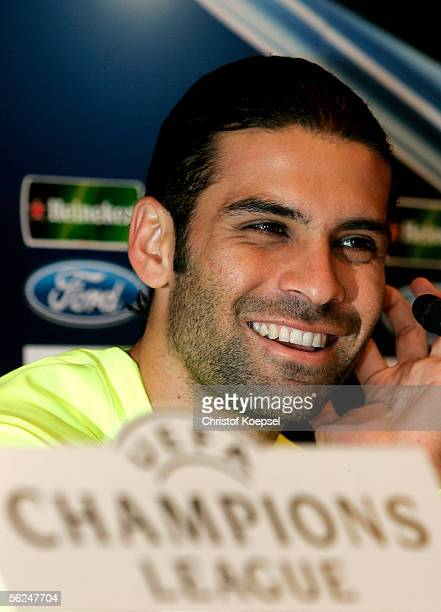 Rafael Marquez smiles during the Champions League FC Barcelona press conference on November 21 2005 in Barcelona Spain The match between FC Barcelona...