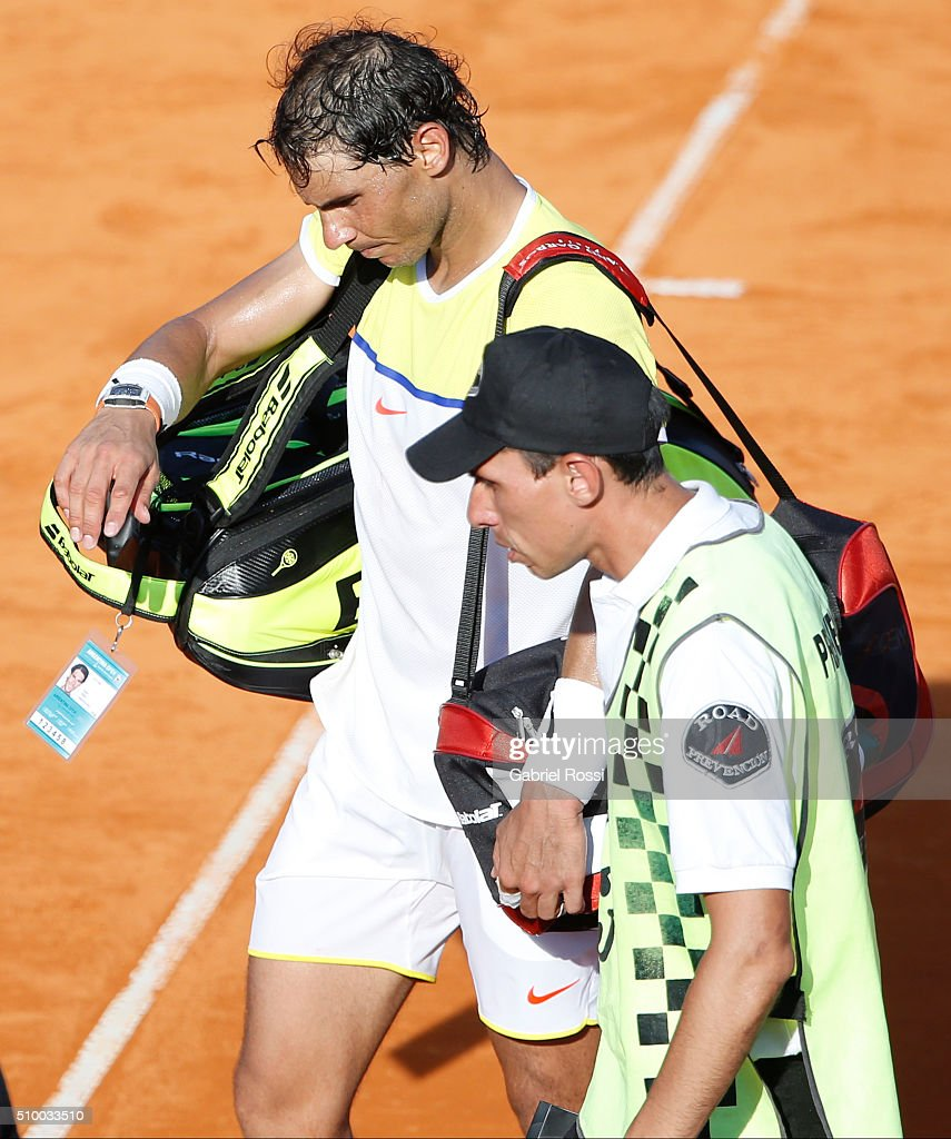 <a gi-track='captionPersonalityLinkClicked' href=/galleries/search?phrase=Rafael+Nadal&family=editorial&specificpeople=194996 ng-click='$event.stopPropagation()'>Rafael Nadal</a> of Spain leaves the court after losing the match between <a gi-track='captionPersonalityLinkClicked' href=/galleries/search?phrase=Rafael+Nadal&family=editorial&specificpeople=194996 ng-click='$event.stopPropagation()'>Rafael Nadal</a> of Spain and Dominic Thiem of Austria as part of ATP Argentina Open at Buenos Aires Lawn Tennis Club on February 13, 2016 in Buenos Aires, Argentina.