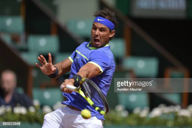 Rafael Nadal of Spain plays a forehand during the men's singles quarterfinal match against Pablo Carreno Busta of Spain on day eleven of the 2017...
