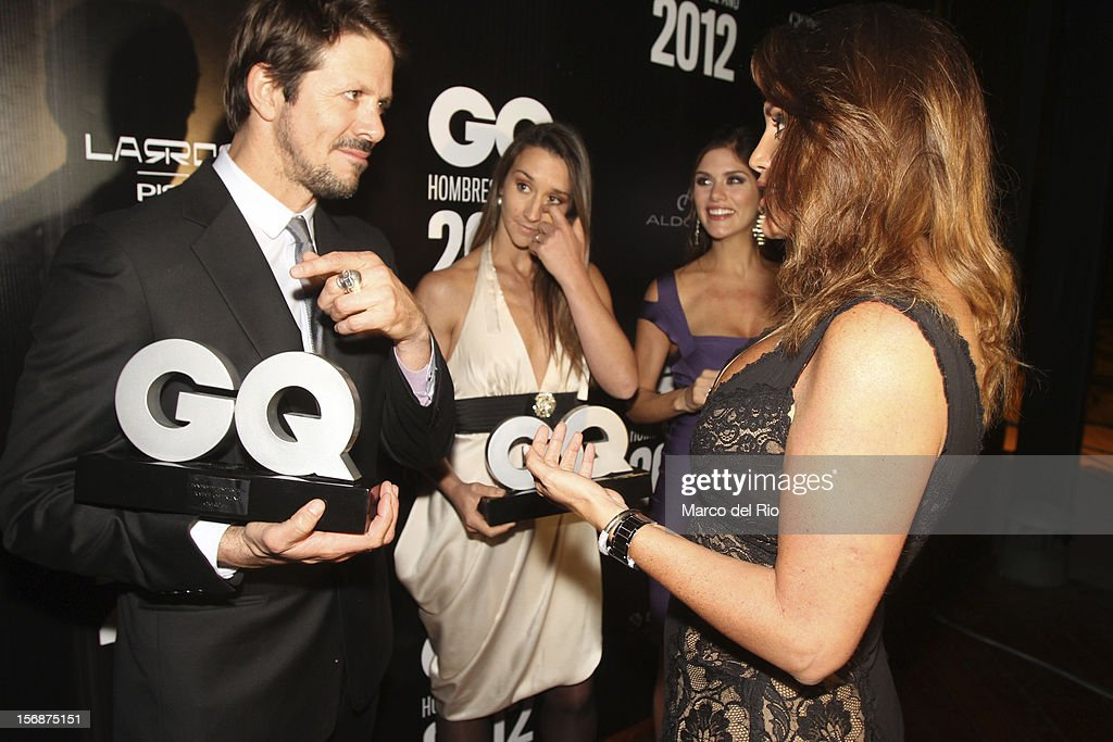 Rafael Osterling, Vania Masias, Anahi Gonzales and Jessica Newton talk during the awards ceremony GQ Men of the Year 2012 at La Huaca Pucllana on November 23, 2012 in Lima, Peru.