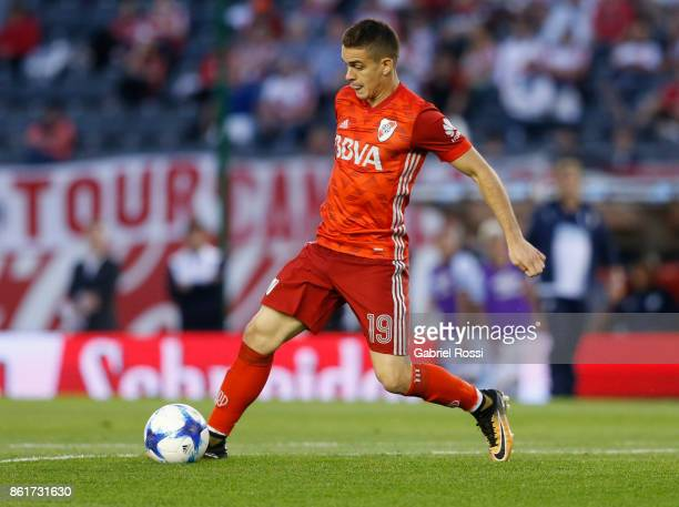 Rafael Santos Borre of River Plate controls the ball during a match between River Plate and Atletico de Tucuman as part of Superliga 2017/18 at...