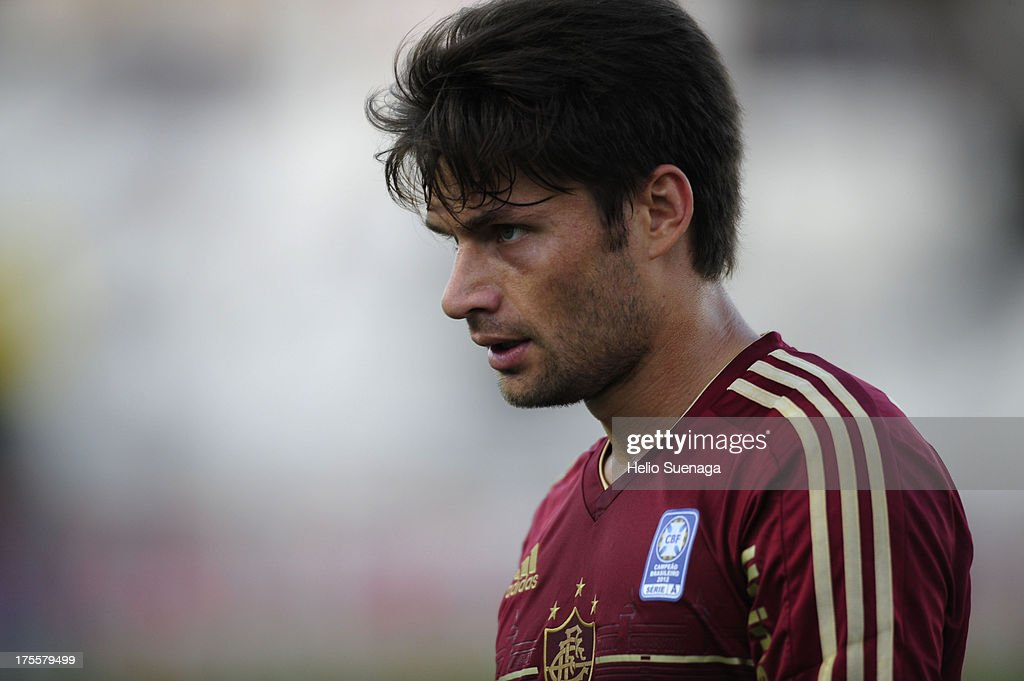 <a gi-track='captionPersonalityLinkClicked' href=/galleries/search?phrase=Rafael+Sobis&family=editorial&specificpeople=682143 ng-click='$event.stopPropagation()'>Rafael Sobis</a> of Fluminense looks on during a match between Fluminense and Ponte Preta as part of the Brazilian Championship Serie A 2013 at Moises Lucarelli Stadium on August 04, 2013 in Campinas, Brazil.