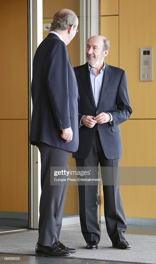 Rafael Spottorno receives Alfredo Perez Rubalcaba in his visit to King Juan Carlos of Spain at Quiron Hospital where Spain's King Juan Carlos...