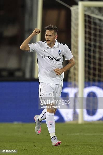 Rafael Toloi of Atalanta BC celebrates after scoring a goal during the Serie A match between Empoli FC and Atalanta BC at Stadio Carlo Castellani on...