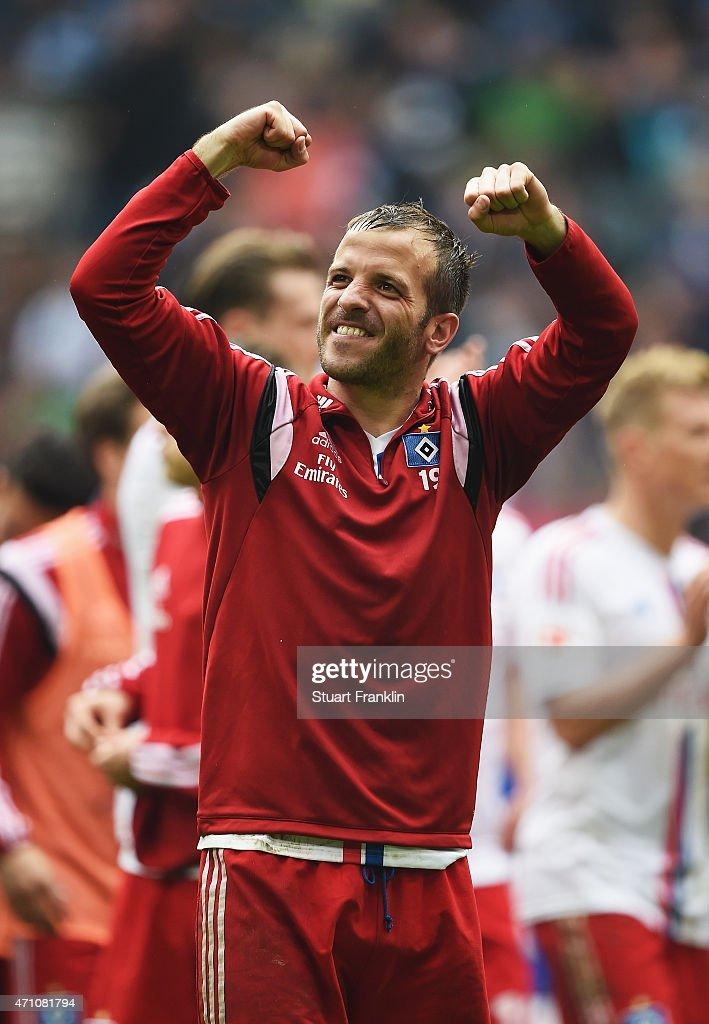 Rafael van der Vaart, capatain of Hamburg celebrates at the end of the Bundeslga match between Hamburger SV and FC Augsburg at Imtech Arena on April 25, 2015 in Hamburg, Germany.
