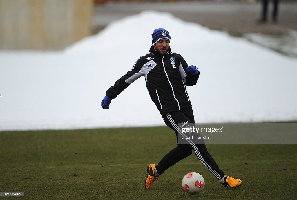 Rafael van der Vaart in action during a training session of Hamburg SV on January 23, 2013 in Hamburg, Germany.