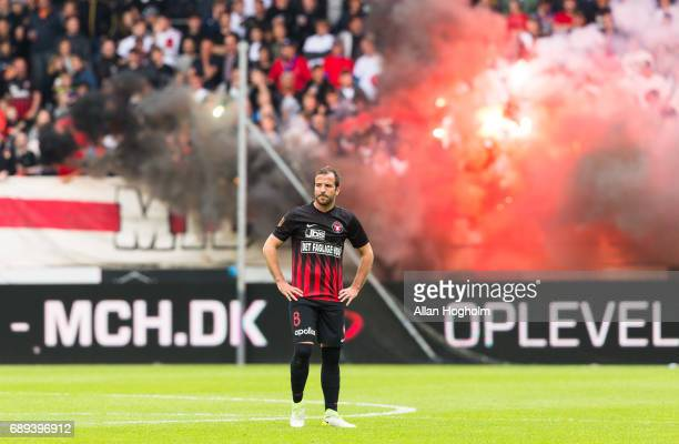 Rafael van der Vaart of FC Midtjylland looks dejected during the Danish Alka Superliga match between FC Midtjylland and Lyngby BK at MCH Arena on May...