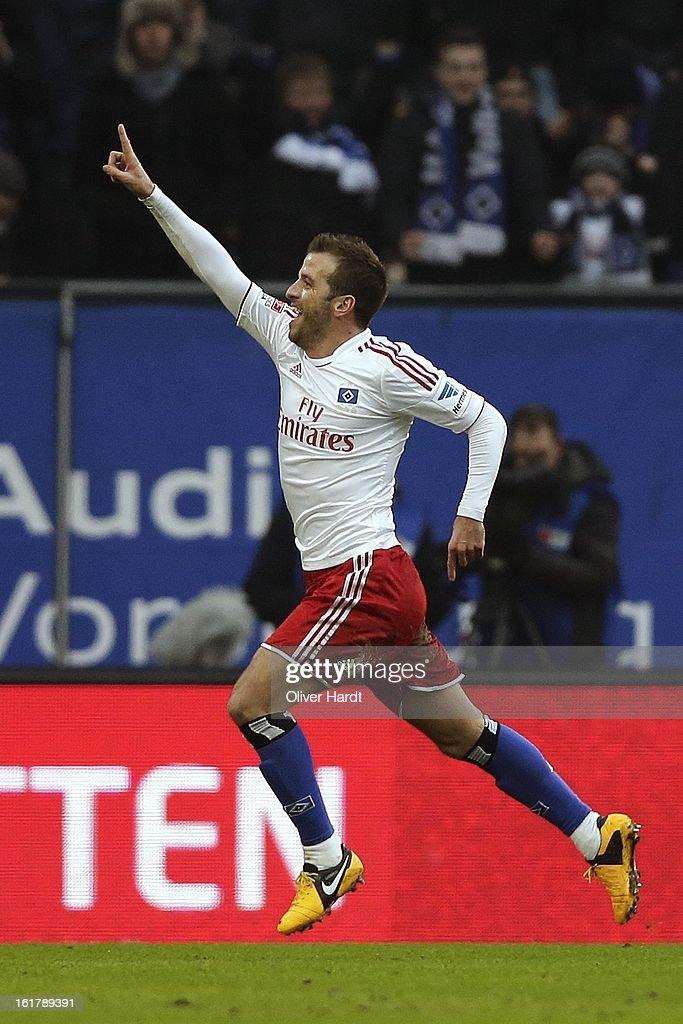 Rafael van der Vaart (R) of Hamburg celebrate his first goal during the Bundesliga match between Hamburger SV and Borussia Moenchengladbach at Imtech Arena on February 16, 2013 in Hamburg, Germany.