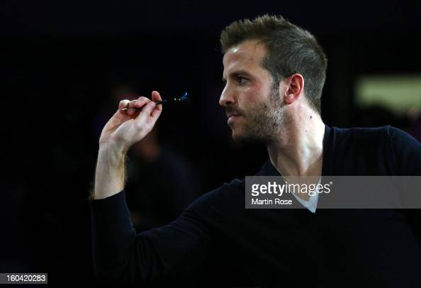 Rafael van der vaart of Hamburg in action during a dart show tournament at between team Netherlands and Hamburger SV at Imtech Arena on January 31...