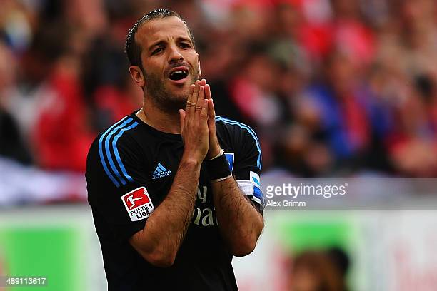 Rafael van der Vaart of Hamburg reacts during the Bundesliga match between 1 FSV Mainz 05 and Hamburger SV at Coface Arena on May 10 2014 in Mainz...