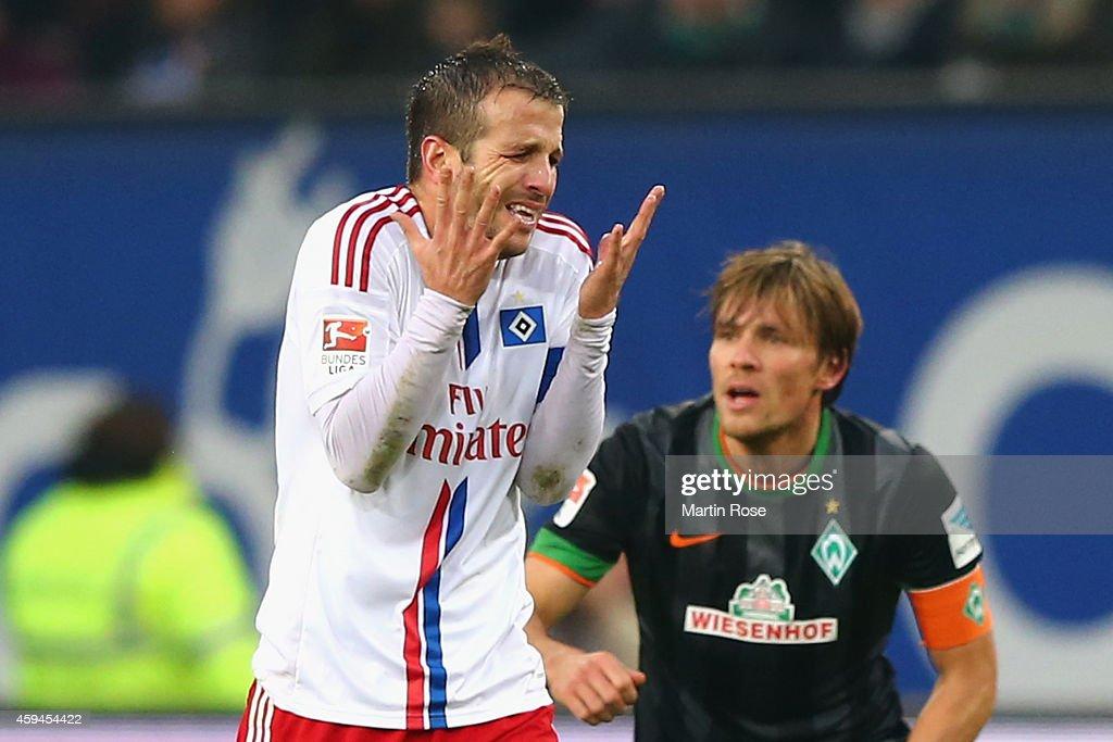 Rafael van der Vaart of Hamburg reacts during the Bundesliga match between Hamburger SV and SV Werder Bremen at Imtech Arena on November 23 2014 in...