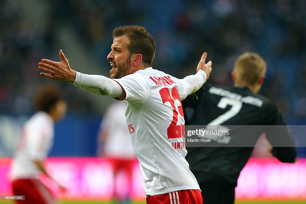 Rafael van der Vaart of Hamburger SV reacts during the Bundesliga match between Hamburger SV and Greuther Fuert at Imtech Arena on March 2, 2013 in Hamburg, Germany.