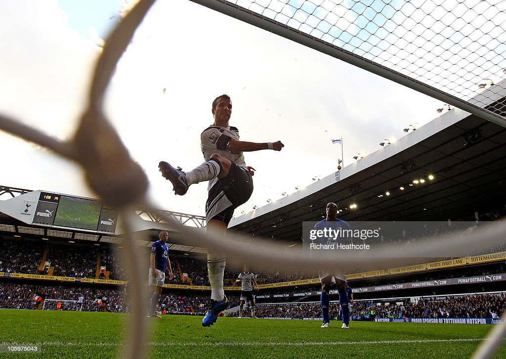 Rafael van der Vaart of Tottenham scores the equaliser during the Barclays Premier League match between Tottenham Hotspur and Everton at White Hart Lane on October 23, 2010 in London, England.