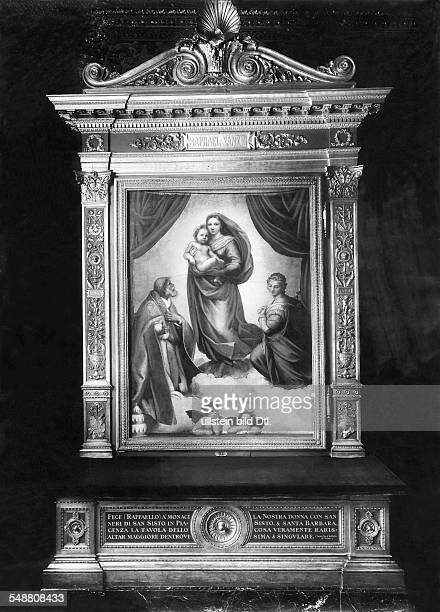 Raffael Santi *14831520 Bildender Kuenstler Maler Italien 'Sixtinische Madonna' Dresden Gemaeldegalerie Alte Meister Aufnahme vermutl 1930er Jahre