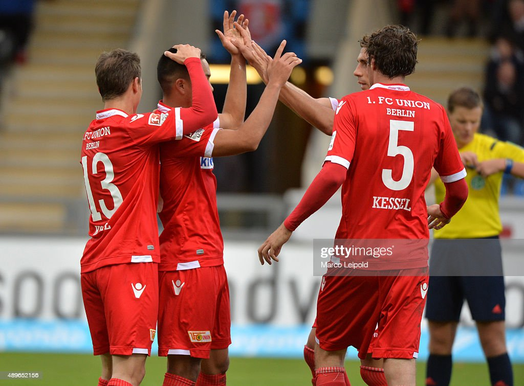 Raffael Korte Bobby Wood Damir Kreilach and Benjamin Kessel of 1 FC Union Berlin celebrate after scoring the 01 during the match between FSV...