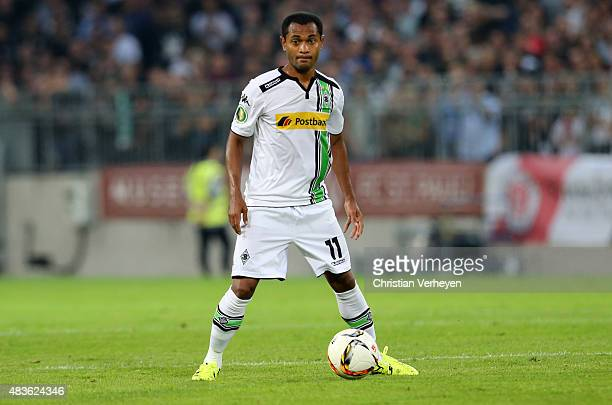 Raffael of Borussia Moenchengladbach controls the ball during the DFB Cup match between FC St Pauli and Borussia Moenchengladbach at Millerntor...
