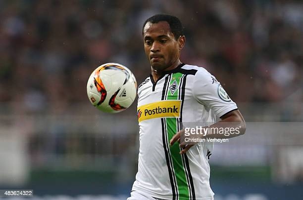 Raffael of Borussia Moenchengladbach during the DFB Cup match between FC St Pauli and Borussia Moenchengladbach at Millerntor Stadium on August 10...