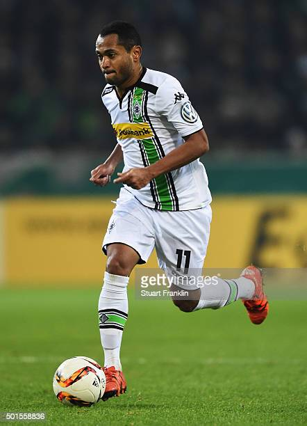 Raffael of Gladbach in action during the DFB Pokal match between Borussia Moenchengladbach and Werder Bremen at BorussiaPark on December 15 2015 in...