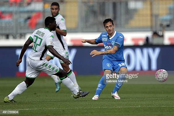 Raffaele Maiello of Empoli FC battles for the ball with Gregoire Defrel of US Sassuolo Calcio during the Serie A match between Empoli FC and US...
