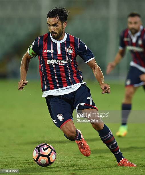 Raffaele Palladino of FC Crotone in action during the Serie A match between FC Crotone and Atalanta BC at Adriatico Stadium on September 26 2016 in...