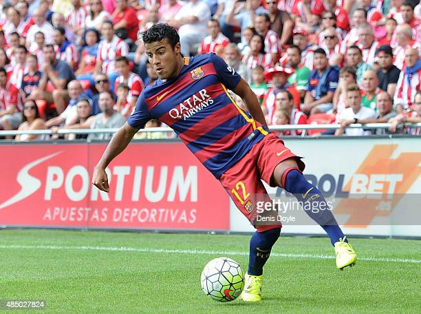 Rafinha of FC Barcelona in action during the La Liga match between Athletic Club and FC Barcelona at San Mames Stadium on August 23 2015 in Bilbao...