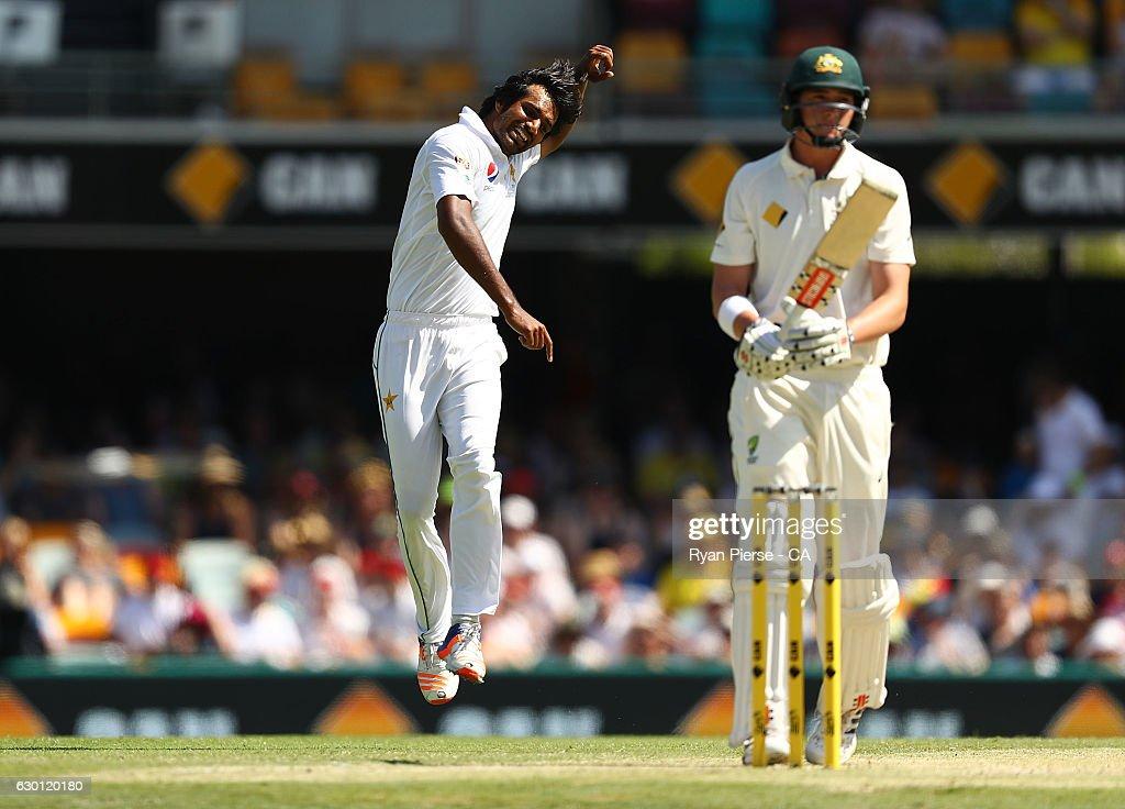Australia v Pakistan - 1st Test: Day 3