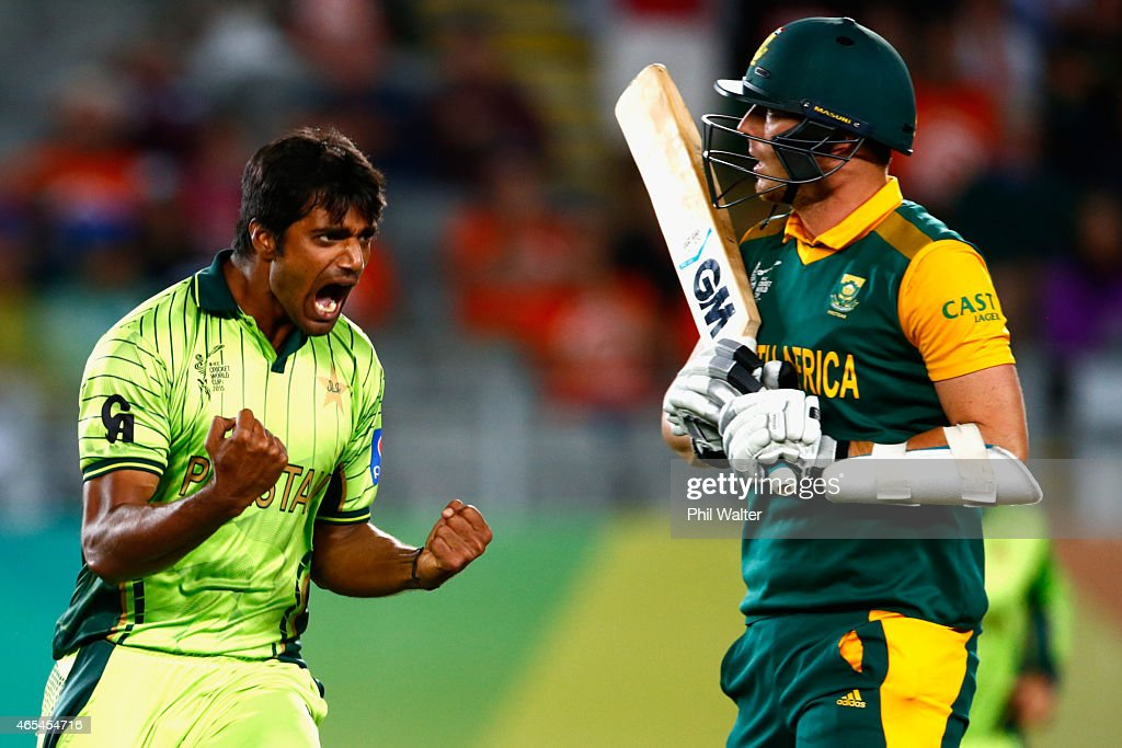 <a gi-track='captionPersonalityLinkClicked' href=/galleries/search?phrase=Rahat+Ali&family=editorial&specificpeople=9407619 ng-click='$event.stopPropagation()'>Rahat Ali</a> of Pakistan celebrates his wicket of <a gi-track='captionPersonalityLinkClicked' href=/galleries/search?phrase=Kyle+Abbott&family=editorial&specificpeople=8022104 ng-click='$event.stopPropagation()'>Kyle Abbott</a> of South Africa (R) during the 2015 ICC Cricket World Cup match between South Africa and Pakistan at Eden Park on March 7, 2015 in Auckland, New Zealand.