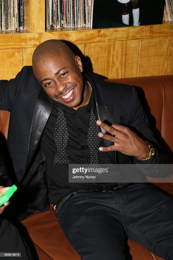 <a gi-track='captionPersonalityLinkClicked' href=/galleries/search?phrase=Raheem+DeVaughn&family=editorial&specificpeople=4692766 ng-click='$event.stopPropagation()'>Raheem DeVaughn</a> attends Kevin Liles' 45th Birthday Party at The Rec Room on February 27, 2013 in New York City.