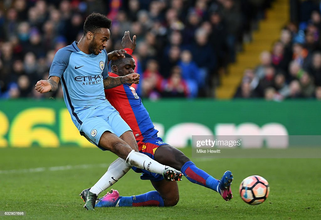 Raheem Sterling of Manchester City scores his sides first goal during the Emirates FA Cup Fourth Round match between Crystal Palace and Manchester City at Selhurst Park on January 28, 2017 in London, England.