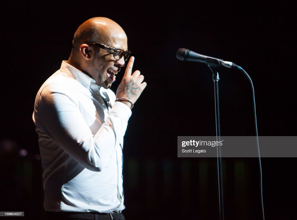 Rahsaan Patterson performs in concert for A Night of NeoSoul at Detroit Opera House on January 20, 2013 in Detroit, Michigan.