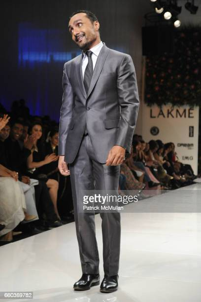 Rahul Bose attends VIKRAM CHATWAL HOTELS Presents MAI MUMBAI with Fashion For Relief at LAKME FASHION WEEK at The Grand Hyatt on March 28 2009 in...