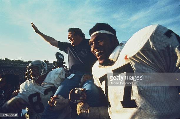 Raiders' head coach John Madden celebrates in the Oakland 3214 win over the Vikings at the Super Bowl XI game of the Oakland Raiders vs the Minnesota...