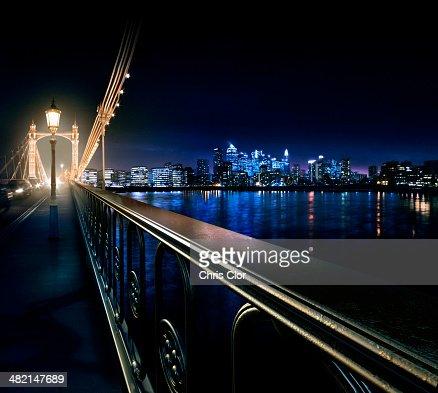 bridge gb night london - photo #37