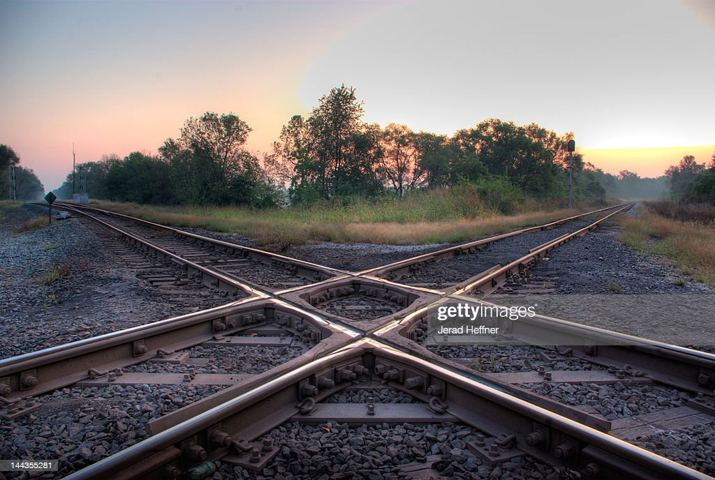 Railroad diamond