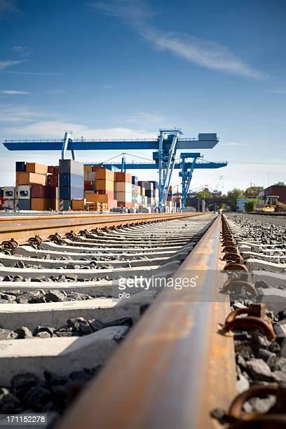Railroad track, container-terminal Mainz, Geringe Tiefenschärfe