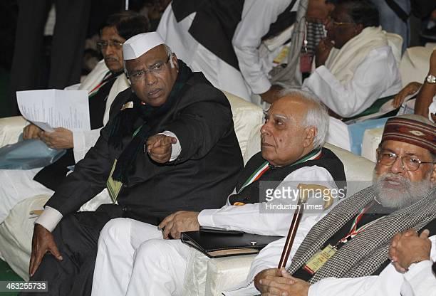 Railway Minister Mallikarjun Kharge MoC IT Kapil Sibal and other leaders during All India Congress Committee meet at Talkatora stadium on January 17...